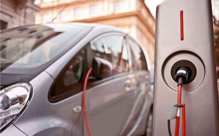 Can You Rev An Electric Car?