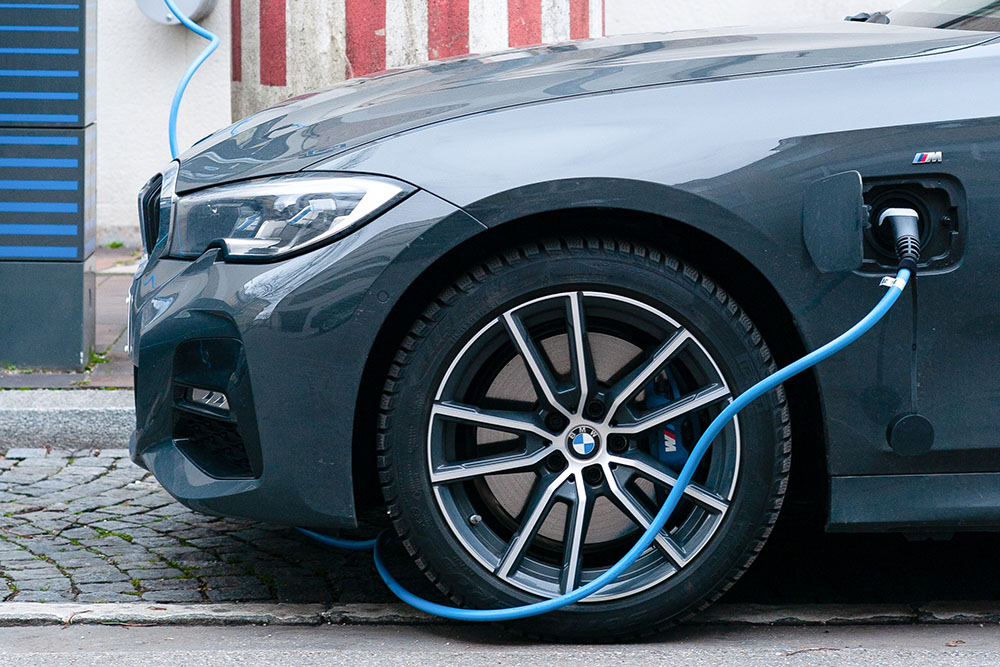Do Electric Cars Need Special Tires