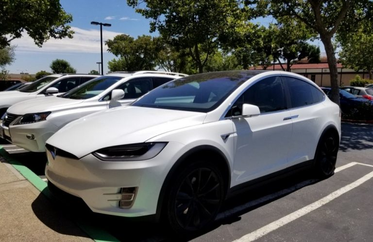 How Much Does It Cost To Charge A Tesla Per Month?