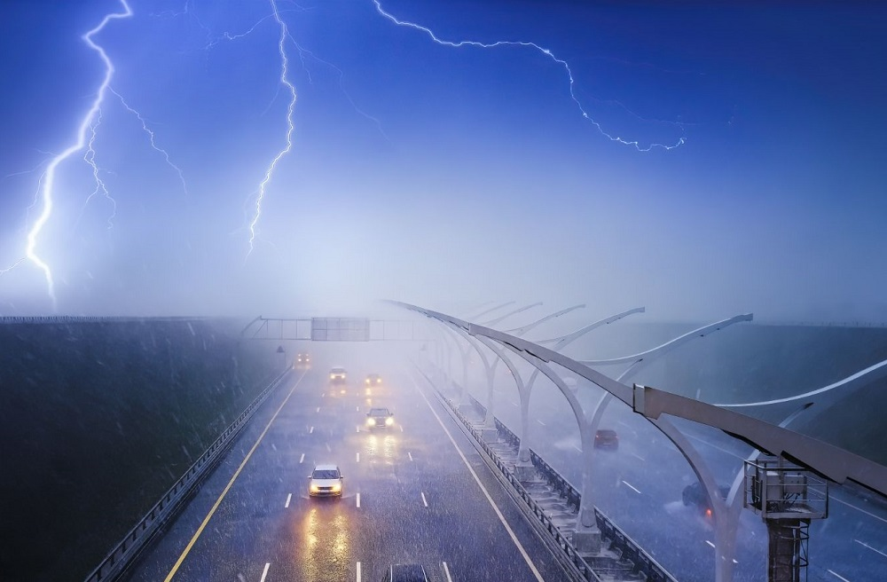 What Happens If An Electric Car Is Struck By Lightning