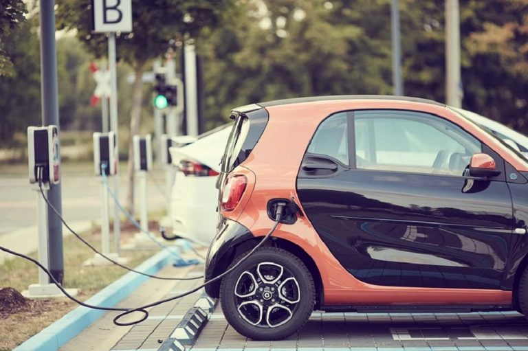 What Maintenance Does an Electric Car Need?