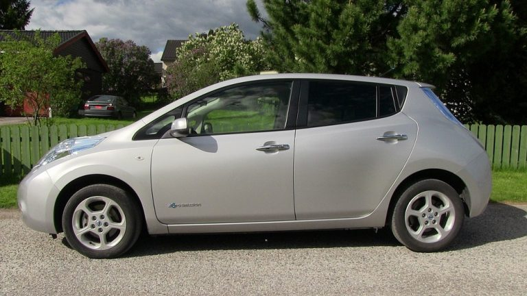 Why Are Used Nissan Leafs So Cheap?
